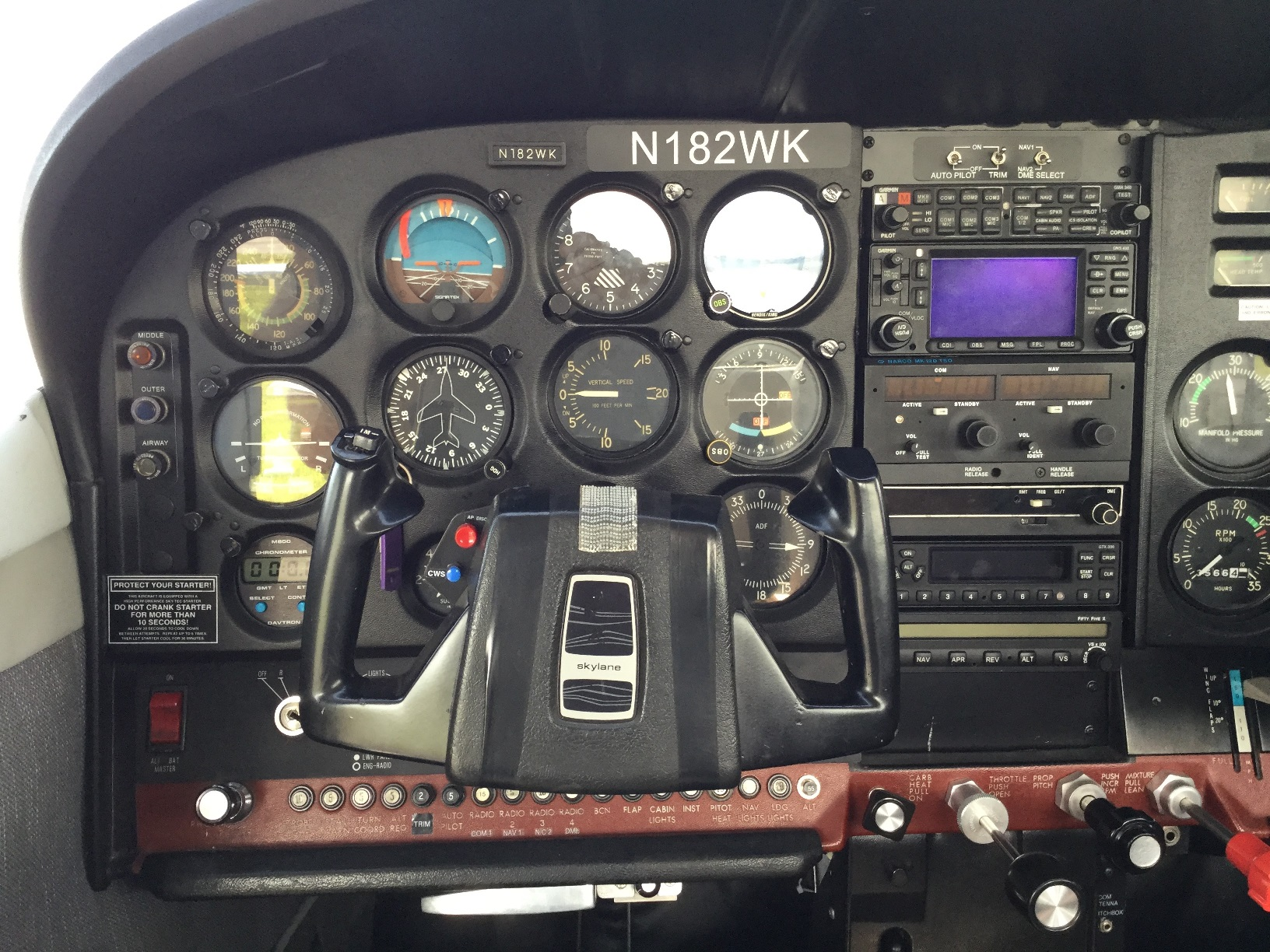 Cessna182 - N182WK-instrument panel-center-left